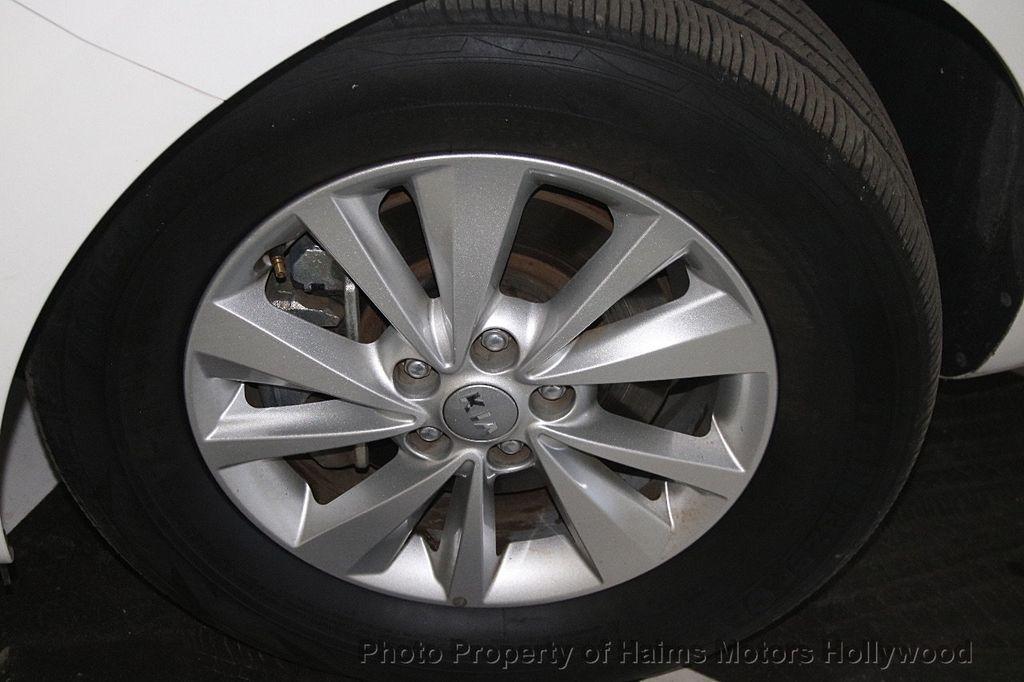 2016 Kia Sedona 4dr Wagon LX - 17422237 - 32