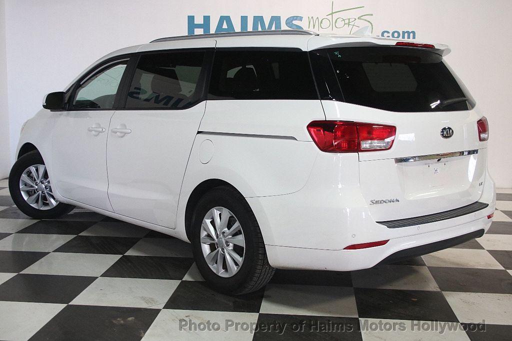 2016 Kia Sedona 4dr Wagon LX - 17422237 - 4