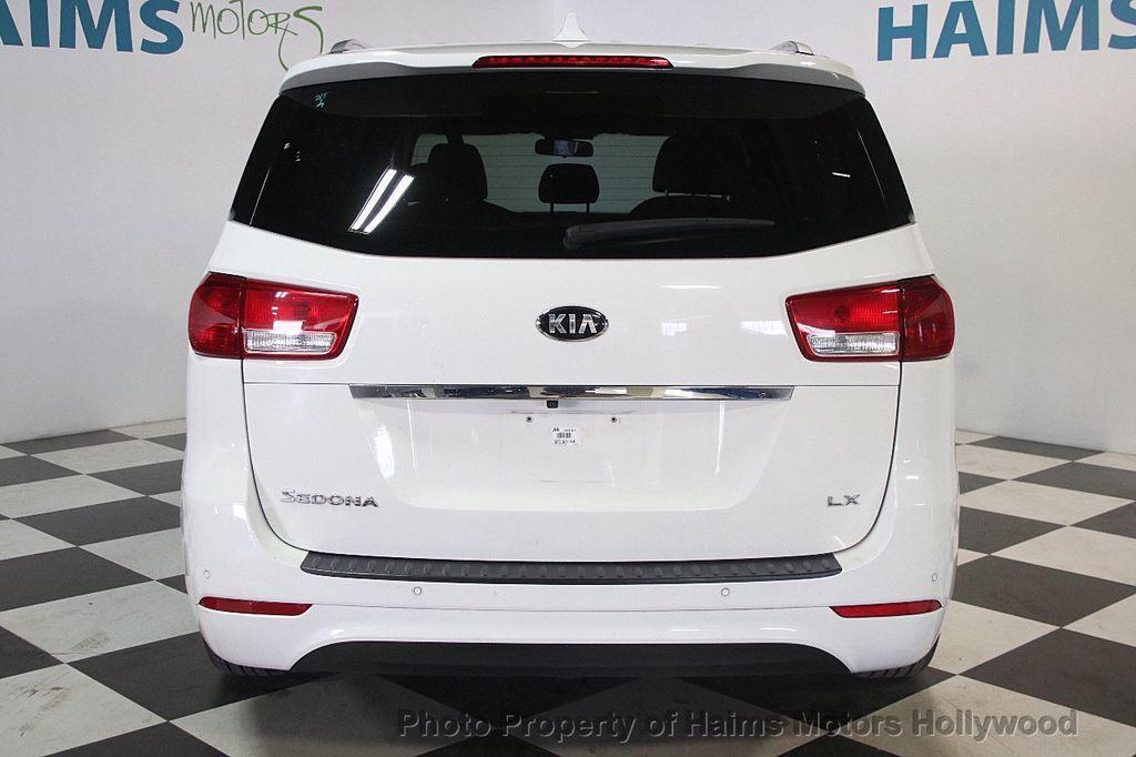 2016 Kia Sedona 4dr Wagon LX - 17422237 - 5