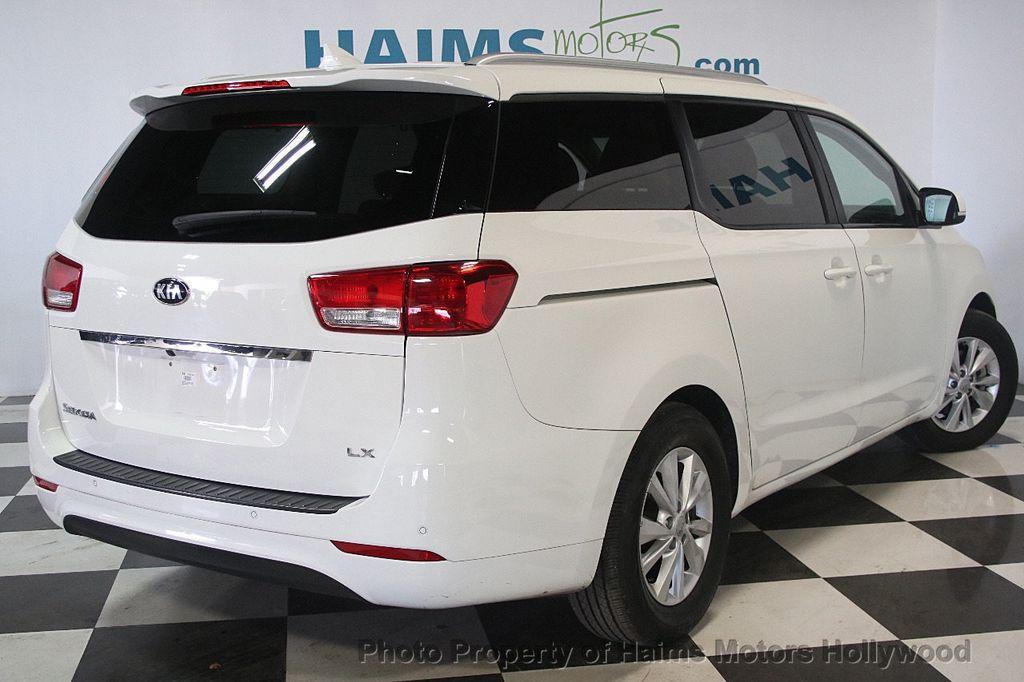 2016 Kia Sedona 4dr Wagon LX - 17422237 - 6