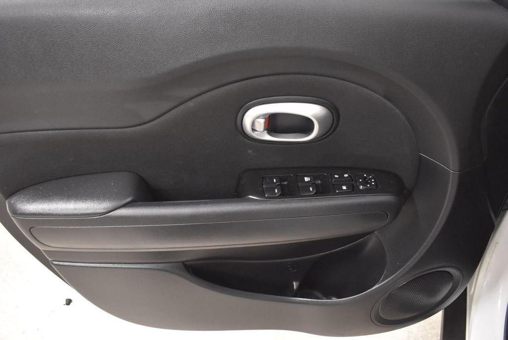 2016 Kia Soul 5dr Wagon Automatic - 18436042 - 13