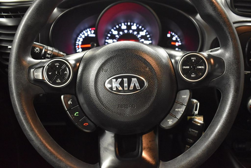 2016 Kia Soul 5dr Wagon Automatic - 18436042 - 17