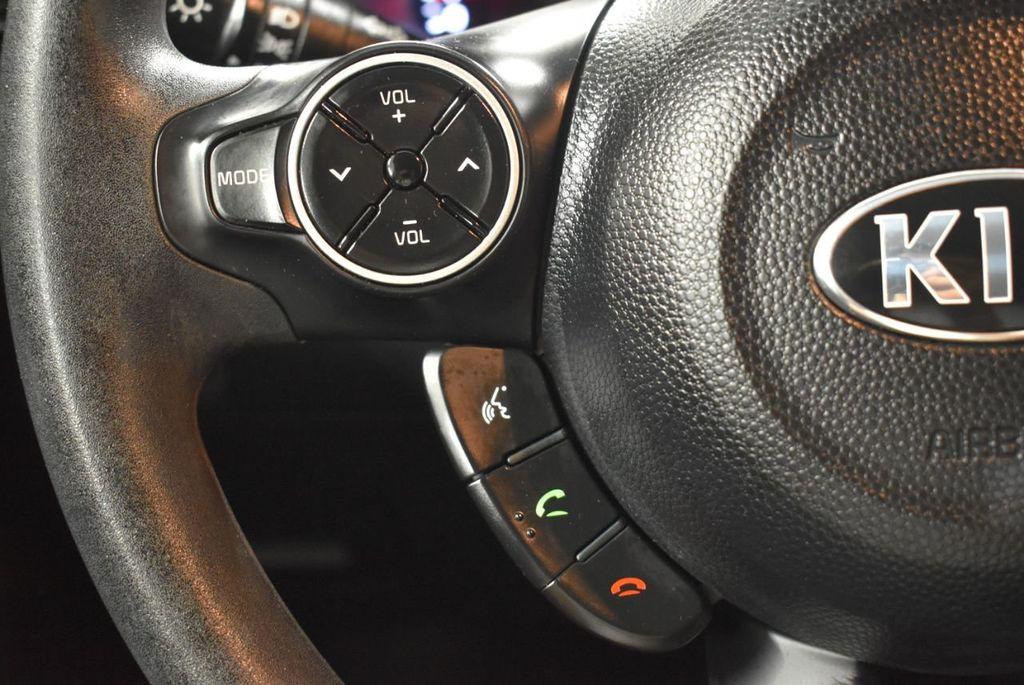 2016 Kia Soul 5dr Wagon Automatic - 18436042 - 19