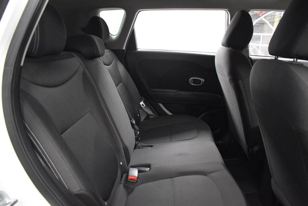 2016 Kia Soul 5dr Wagon Automatic - 18436042 - 22