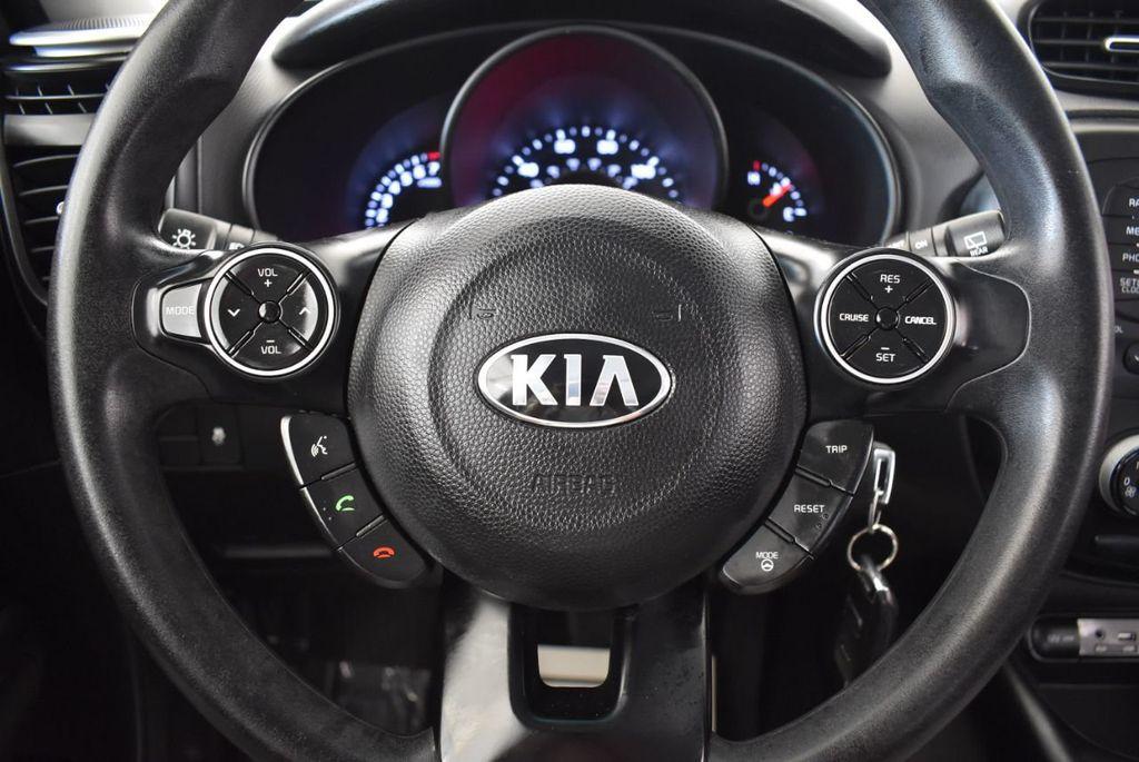 2016 Kia Soul BASE - 18166462 - 17