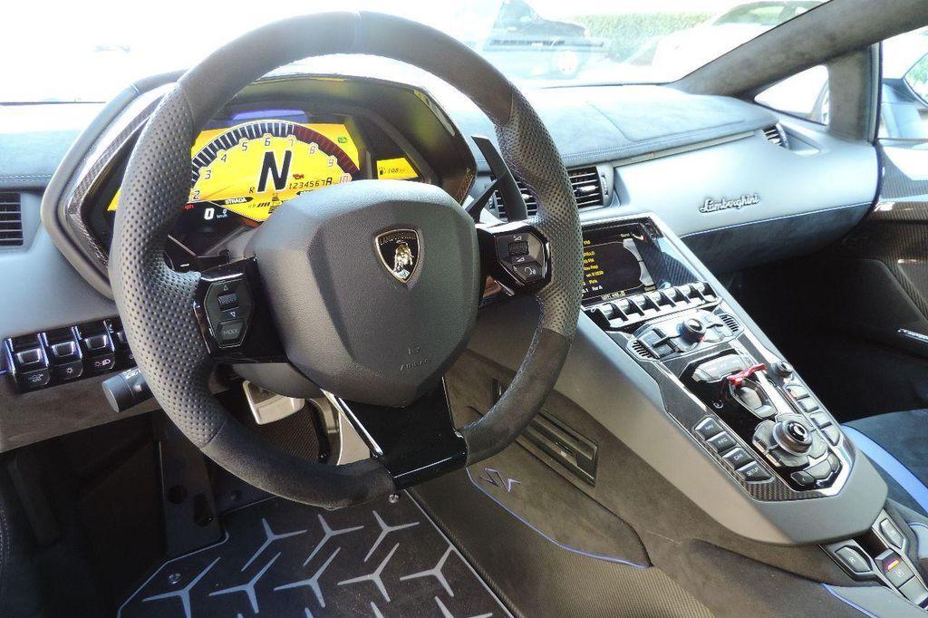 2016 Lamborghini Aventador SV  - 14153343 - 24