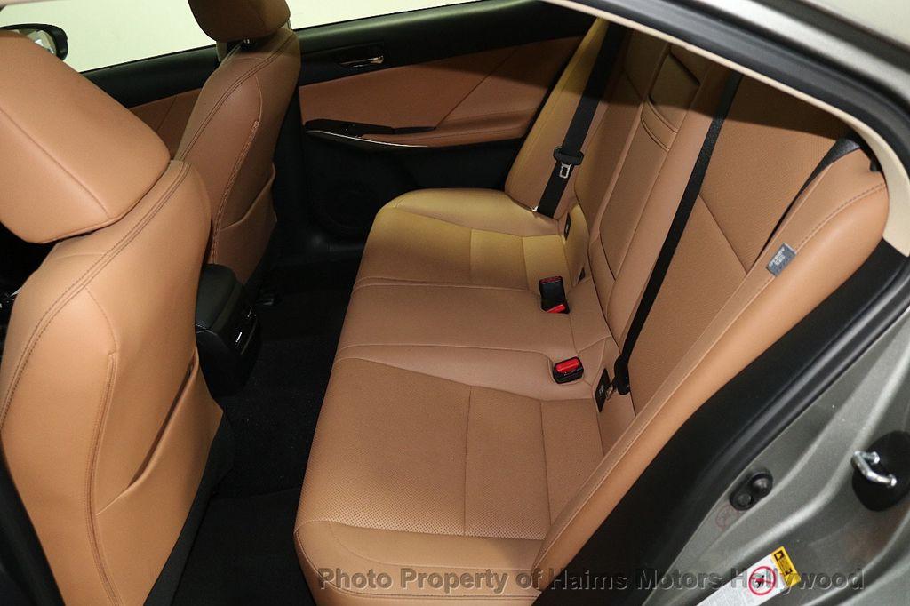 2016 Lexus IS 200t 4dr Sedan - 17858490 - 15