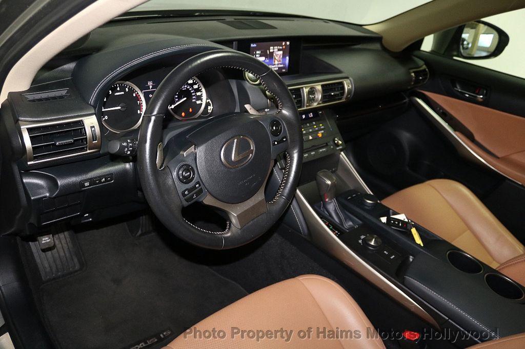2016 Lexus IS 200t 4dr Sedan - 17858490 - 17