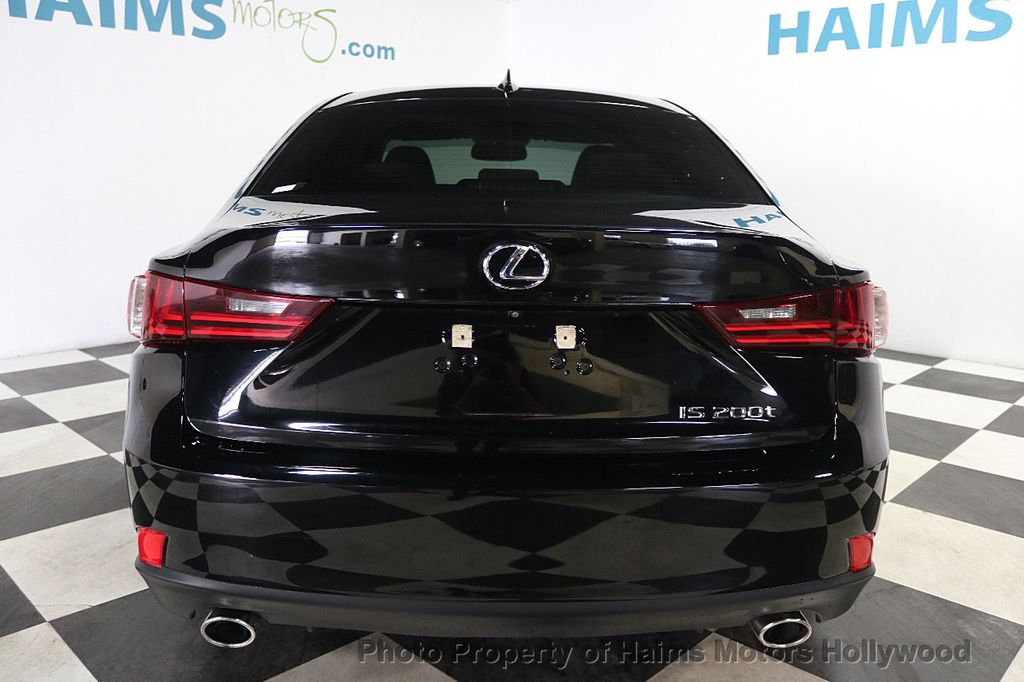 2016 Lexus IS 200t 4dr Sedan - 17925293 - 5