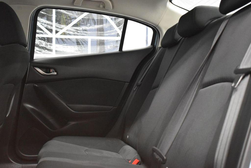 2016 Mazda Mazda3  - 18692973 - 10