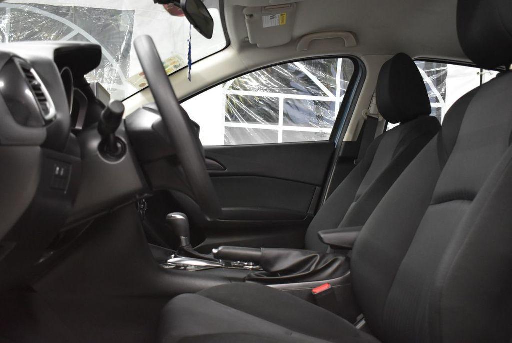 2016 Mazda Mazda3  - 18692973 - 12