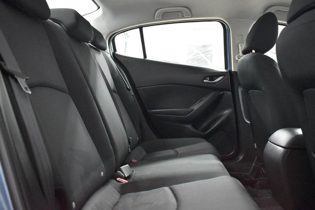 2016 Mazda Mazda3  - 18692973 - 16