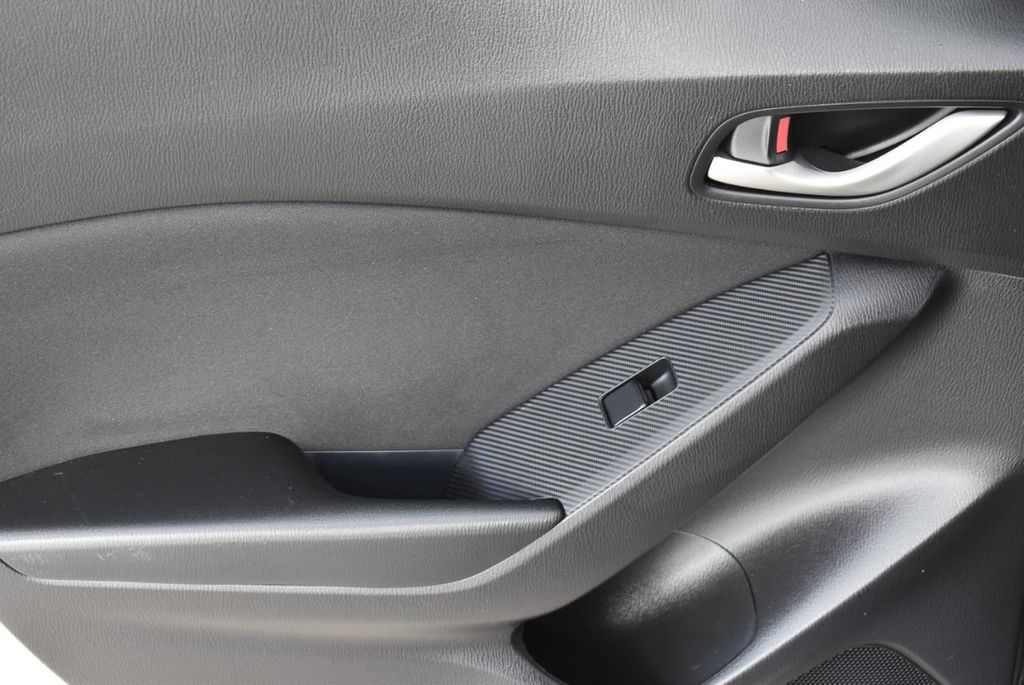 2016 Mazda Mazda3  - 18571142 - 11