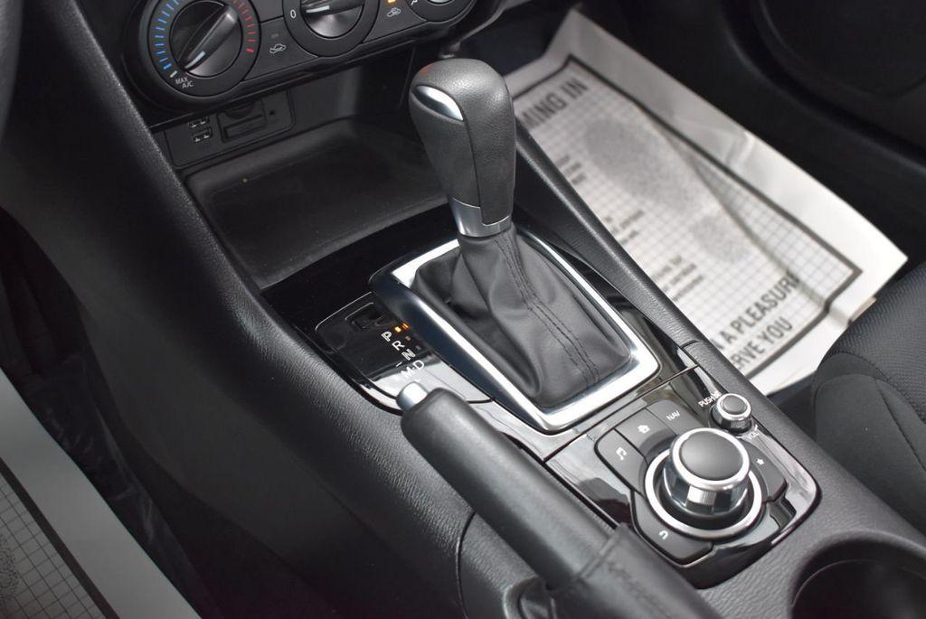 2016 Mazda Mazda3  - 18571142 - 23