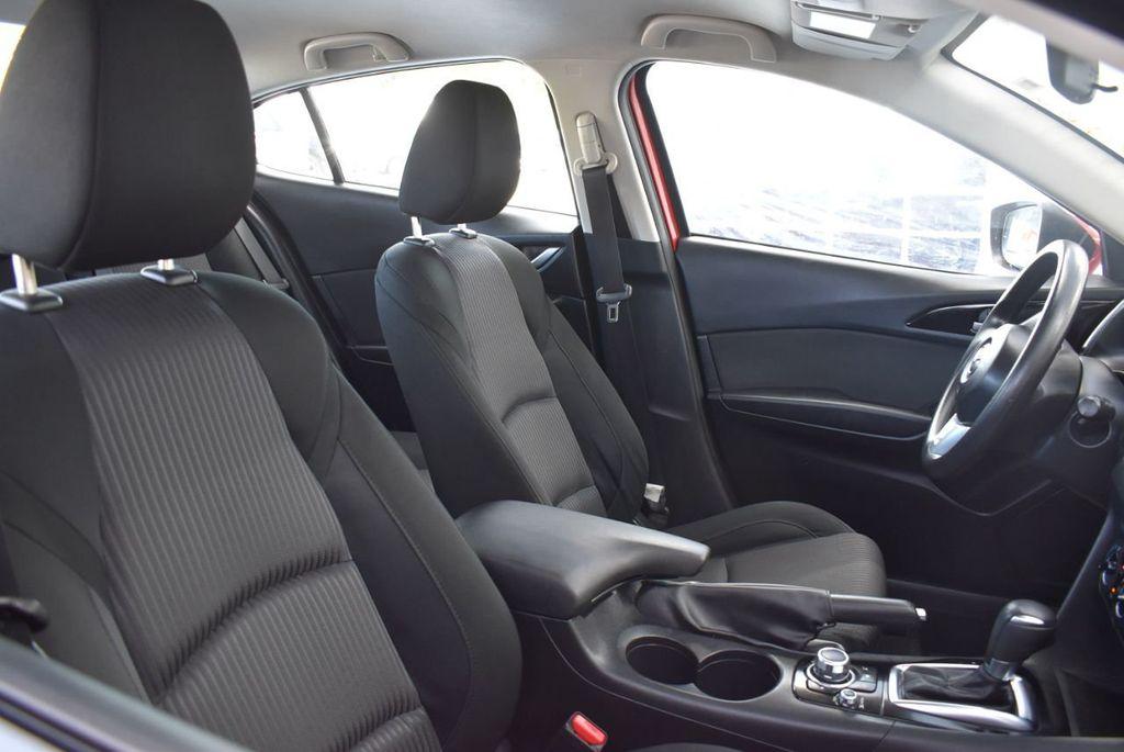 2016 Mazda Mazda3 4dr Sedan Automatic i Sport - 18271766 - 16