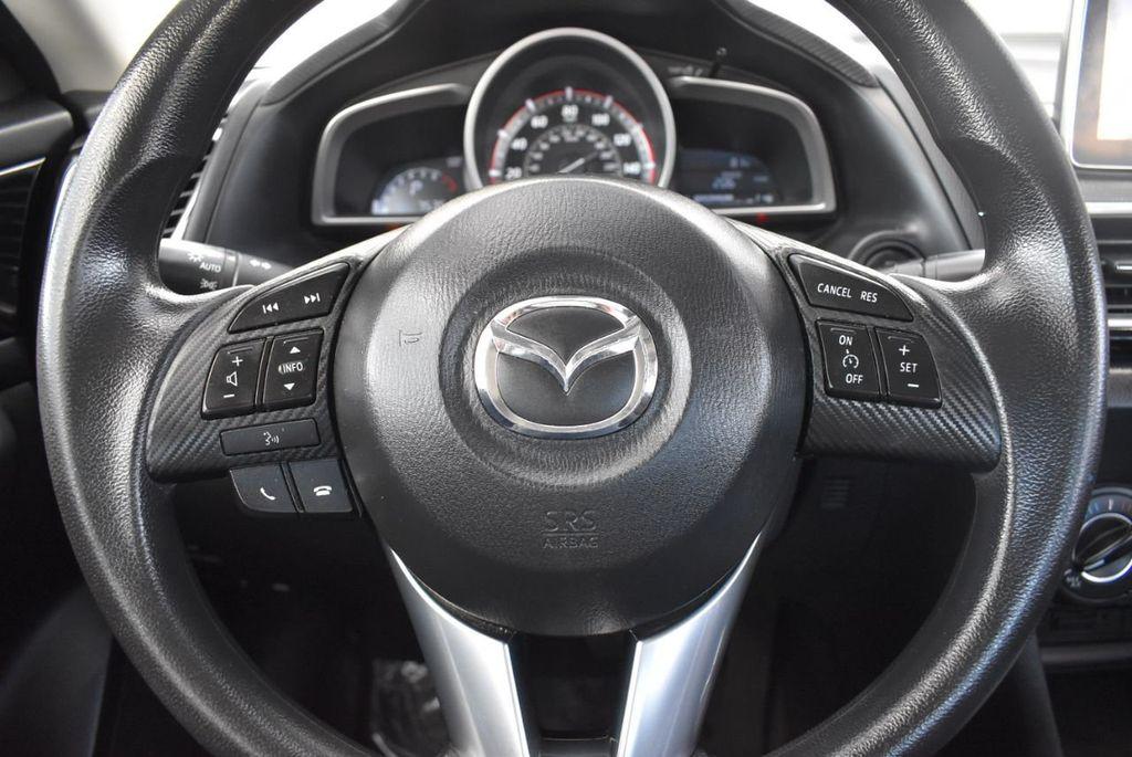 2016 Mazda Mazda3 4dr Sedan Automatic i Sport - 18271766 - 22