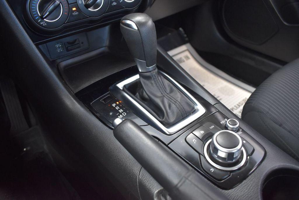 2016 Mazda Mazda3 4dr Sedan Automatic i Sport - 18271766 - 26