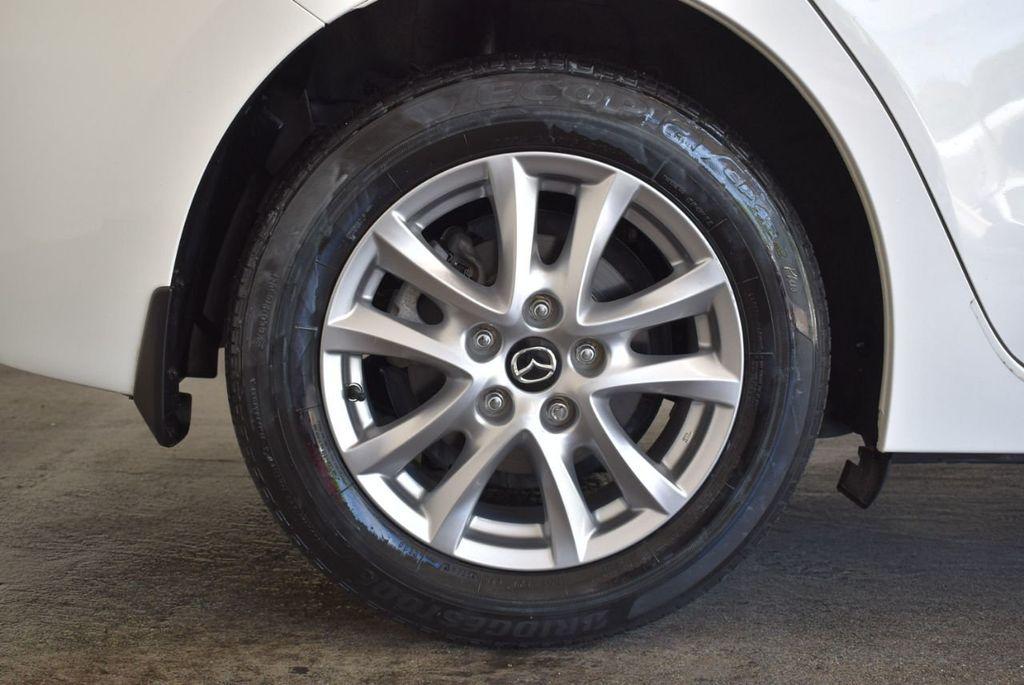 2016 Mazda Mazda3 4dr Sedan Automatic i Touring - 18078924 - 9