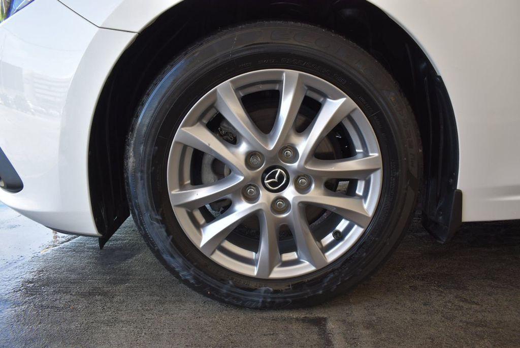 2016 Mazda Mazda3 4dr Sedan Automatic i Touring - 18078924 - 11