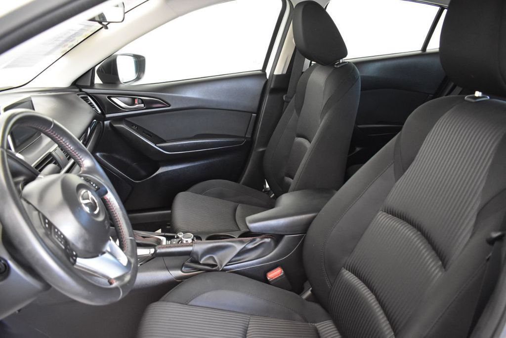 2016 Mazda Mazda3 4dr Sedan Automatic i Touring - 18078924 - 14