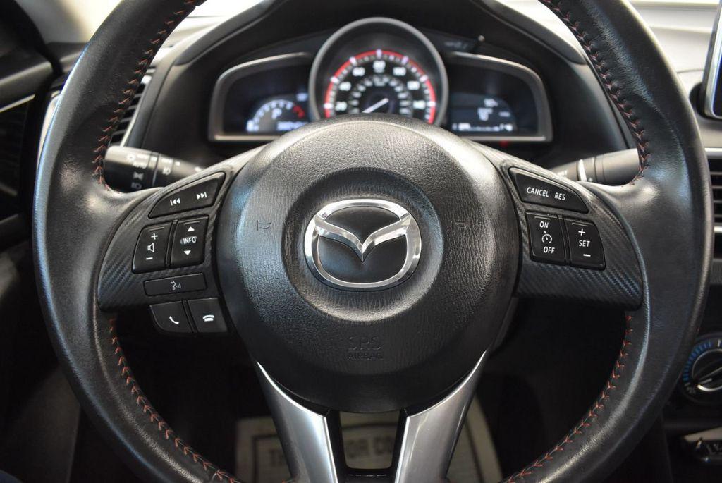 2016 Mazda Mazda3 4dr Sedan Automatic i Touring - 18078924 - 17