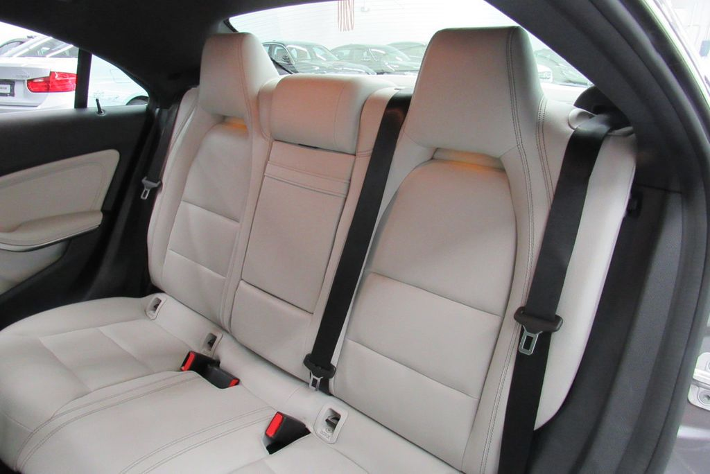 2016 Mercedes-Benz CLA 4dr Sedan CLA 250 4MATIC - 18138092 - 24