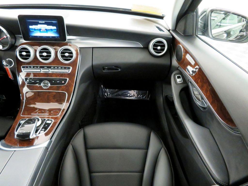 2016 Mercedes-Benz C-Class 4dr Sedan C 300 4MATIC - 18390461 - 11