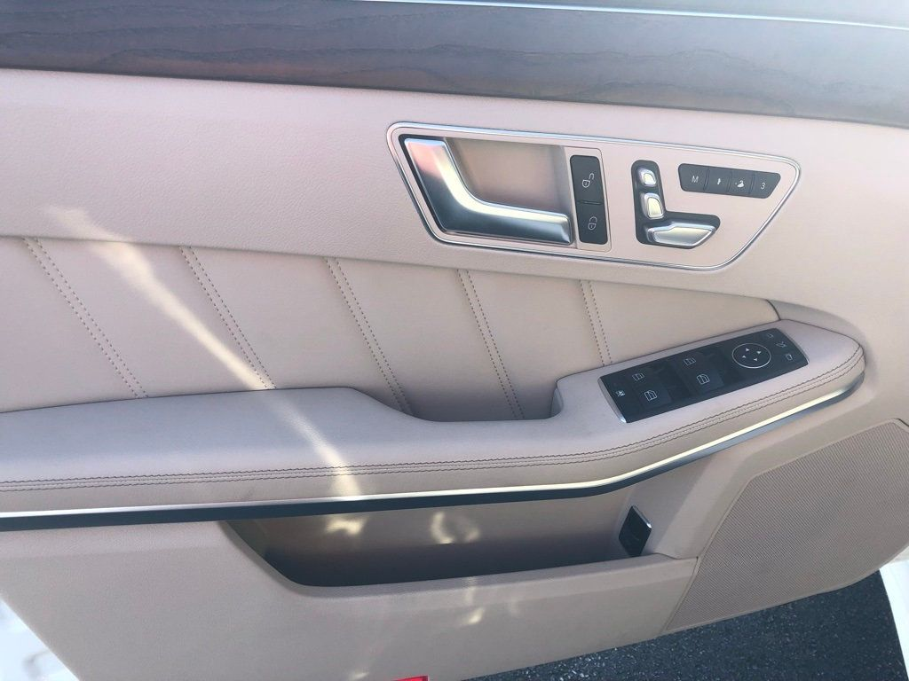 2016 Mercedes-Benz E-Class 4dr Sedan E 400 RWD - 18547946 - 10
