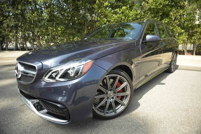 2016 Mercedes-Benz 4dr Wagon AMG E 63 S 4MATIC Sedan