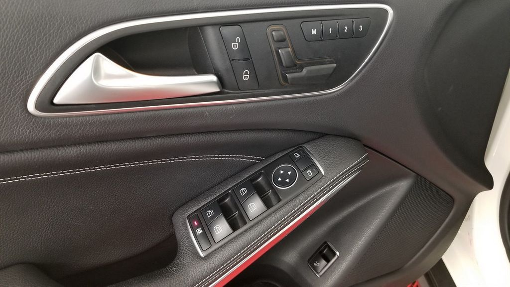 2016 Mercedes-Benz GLA 4MATIC 4dr GLA 250 - 18097523 - 15