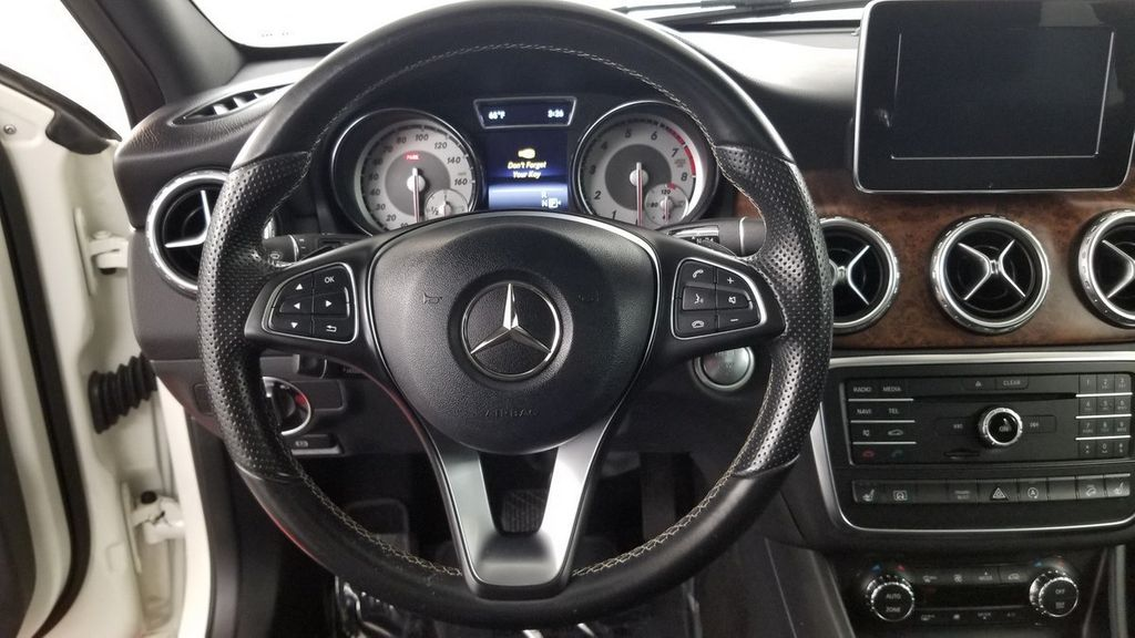 2016 Mercedes-Benz GLA 4MATIC 4dr GLA 250 - 18097523 - 17
