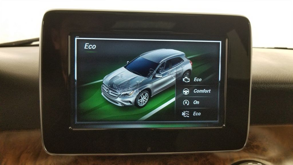 2016 Mercedes-Benz GLA 4MATIC 4dr GLA 250 - 18097523 - 33