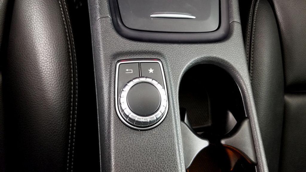 2016 Mercedes-Benz GLA 4MATIC 4dr GLA 250 - 18097523 - 35