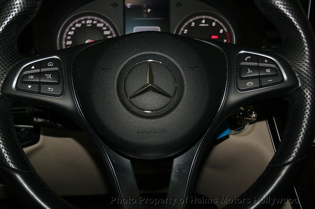 2016 Mercedes-Benz GLC 4MATIC 4dr GLC 300 - 17842997 - 27