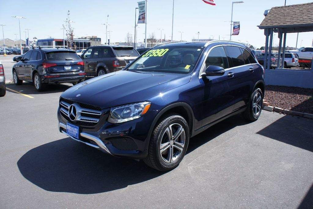 http://1-photos7.motorcar.com/used-2016-mercedes~benz-glc-4matic4drglc300-13362-16740796-2-1024.jpg