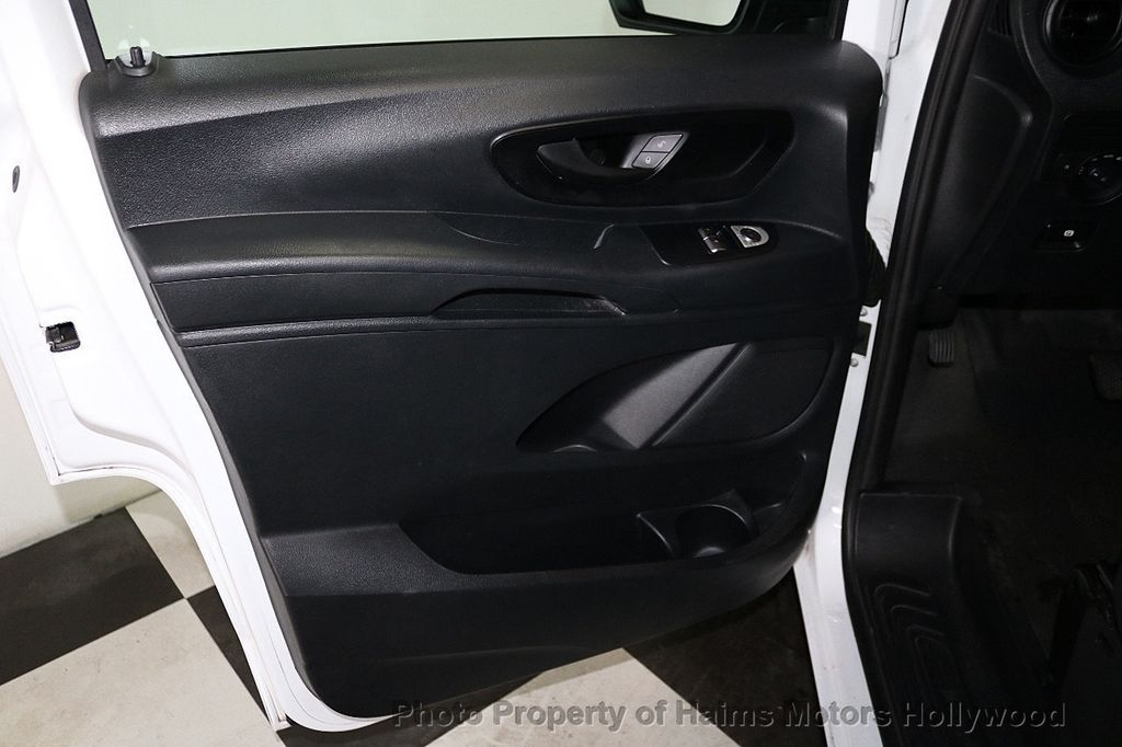 """2016 Mercedes-Benz Metris Passenger Van Metris Passenger Van RWD 126"""" - 18602922 - 9"""