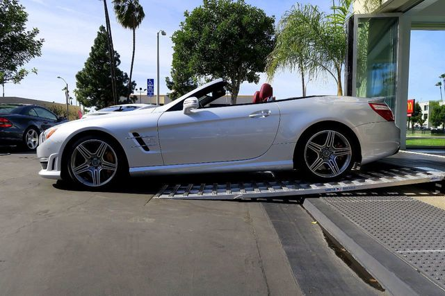 2016 Mercedes-Benz  2dr Roadster AMG SL 63 - Click to see full-size photo viewer
