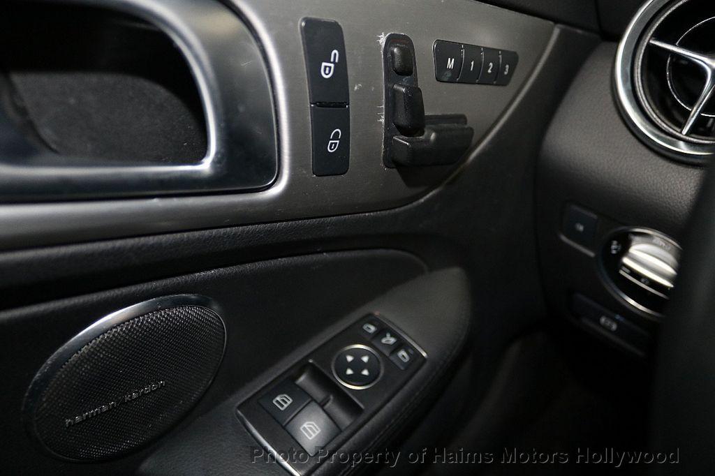 2016 Mercedes-Benz SLK 2dr Roadster SLK 300 - 18156042 - 23