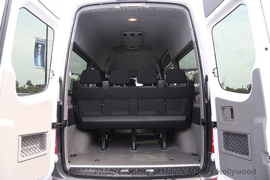 Mercedes Sprinter Penger Vans New