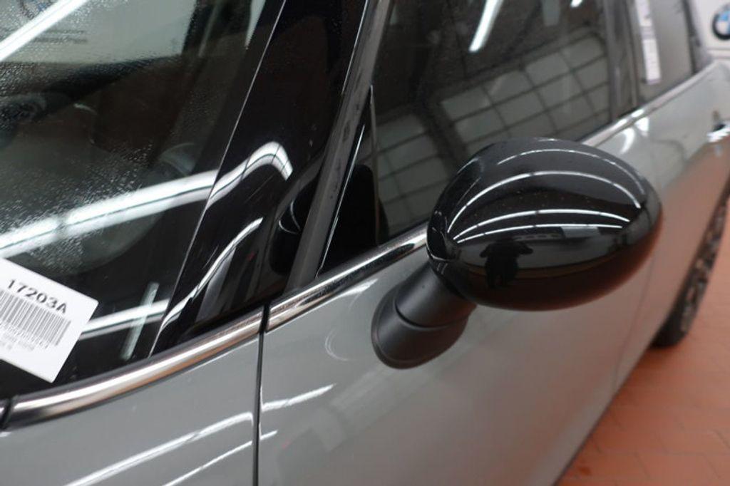 2016 MINI Cooper Hardtop 4 Door HARDTOP 4DR HB - 16986512 - 9