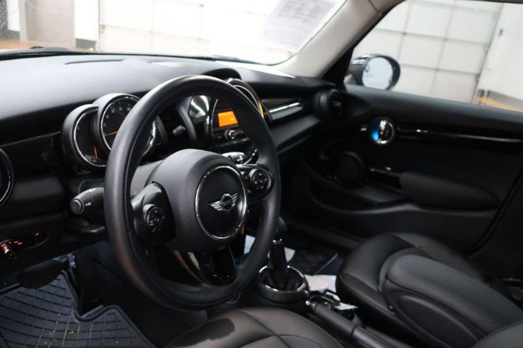 2016 MINI Cooper Hardtop 4 Door HARDTOP 4DR HB - 16986512 - 17