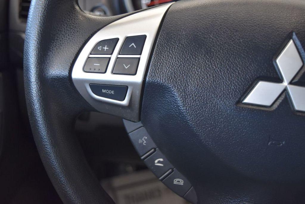 2016 Mitsubishi Lancer 4dr Sedan Manual ES FWD - 17942468 - 19