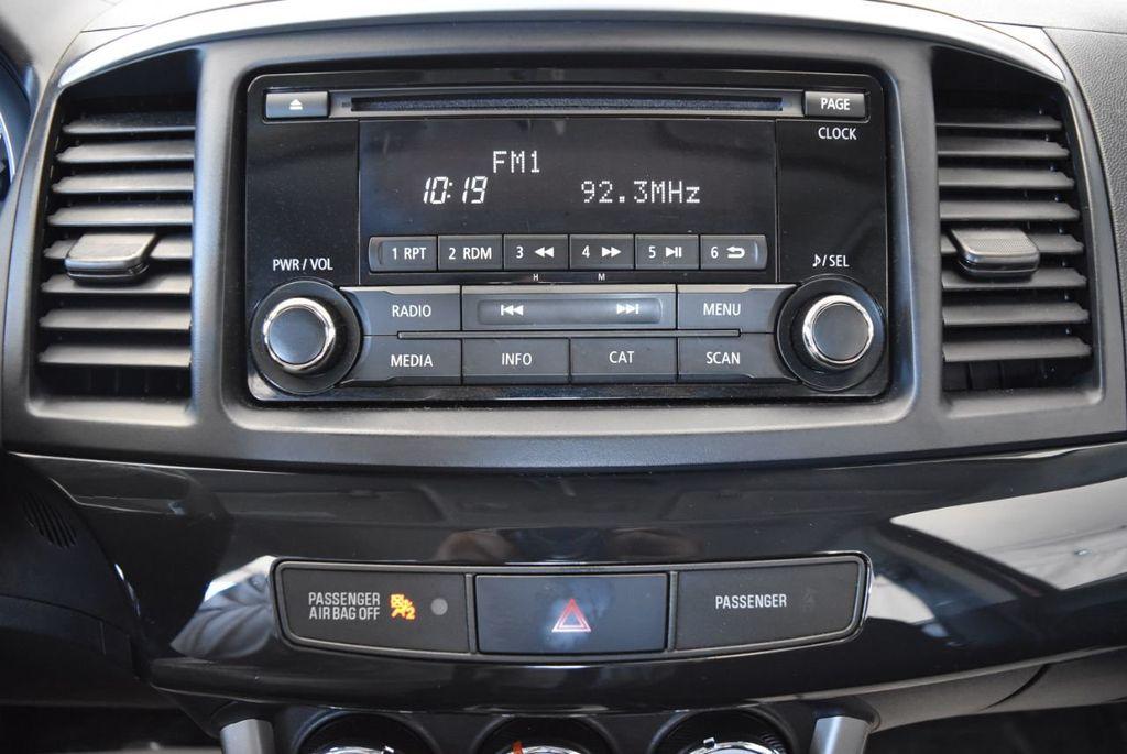 2016 Mitsubishi Lancer 4dr Sedan Manual ES FWD - 17942468 - 20