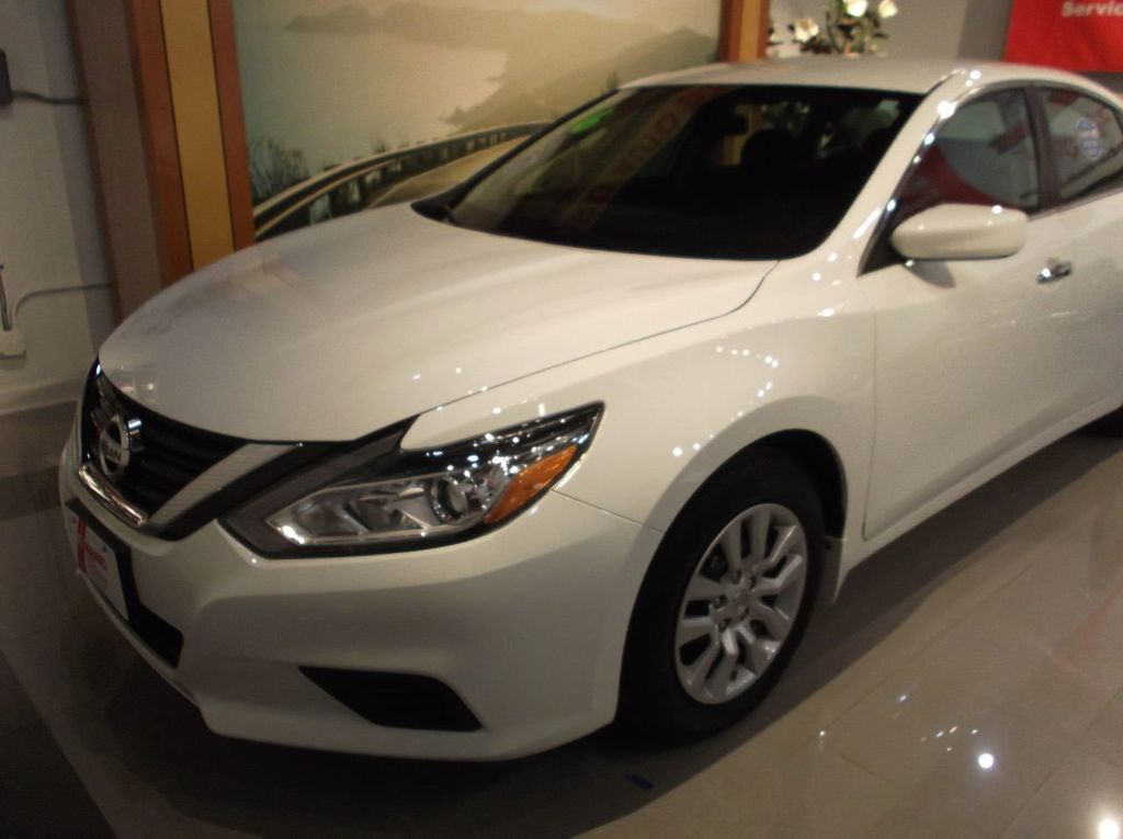 2016 used nissan altima 2 5 s 4dr sedan i4 2 5 s at lombard auto exchange serving addison il. Black Bedroom Furniture Sets. Home Design Ideas