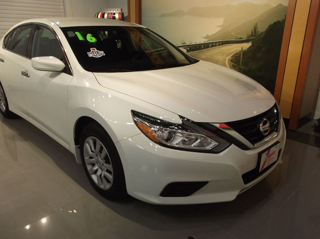 2016 Nissan Altima 2.5 S BACK-UP CAMERA  BLUETOOTH  Power Driver Seat - 18406747 - 1