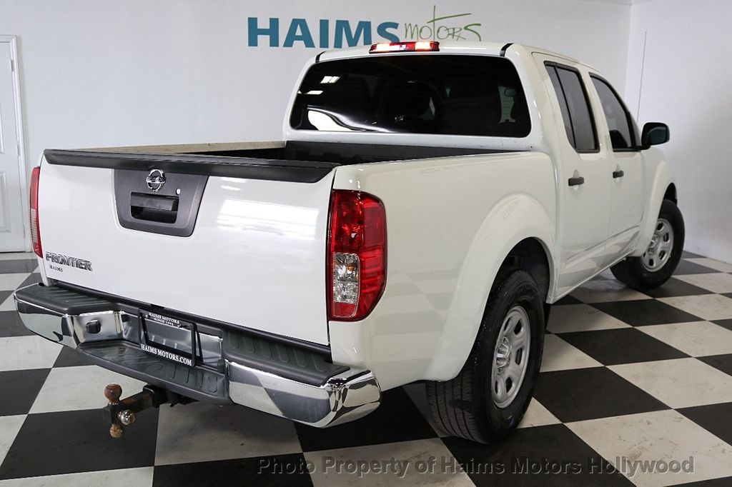 2016 Nissan Frontier 2WD Crew Cab SWB Automatic S - 17647380 - 6