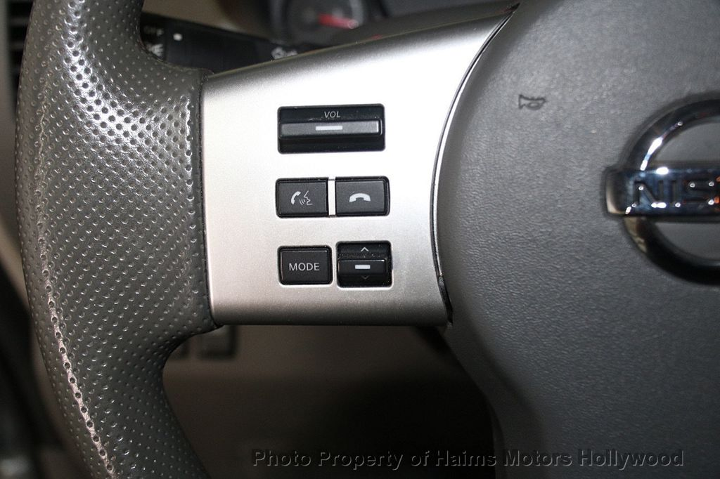 2016 Nissan Frontier 2WD Crew Cab SWB Automatic SV - 18147518 - 23