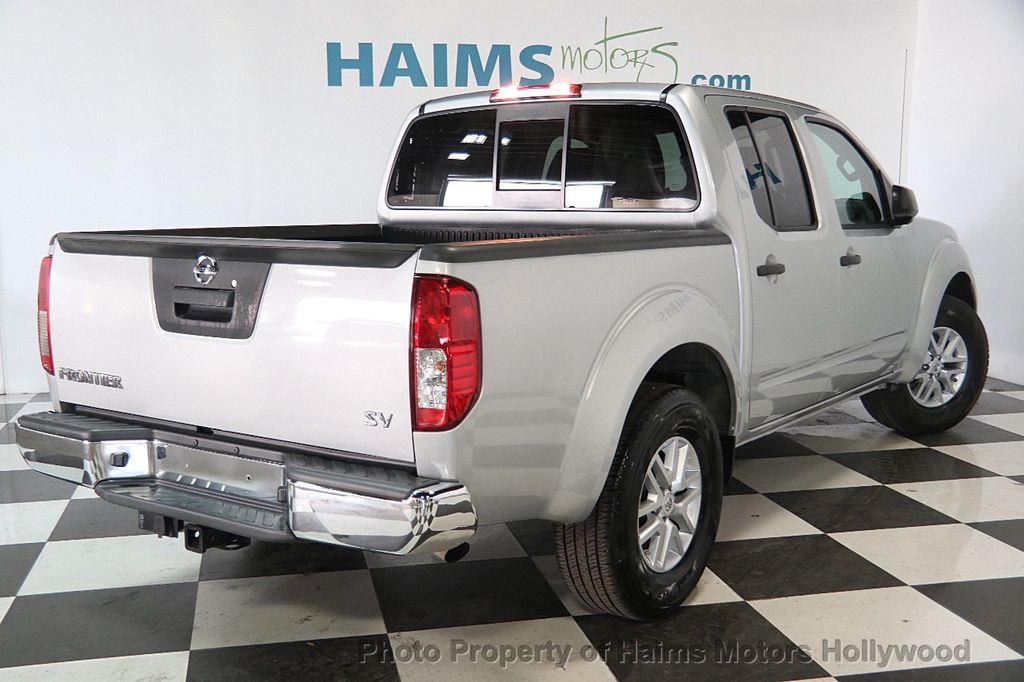 2016 Nissan Frontier 2WD Crew Cab SWB Automatic SV - 18147518 - 6