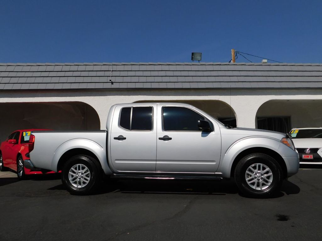 2016 Nissan Frontier 2WD Crew Cab SWB Automatic SV - 18657961 - 7