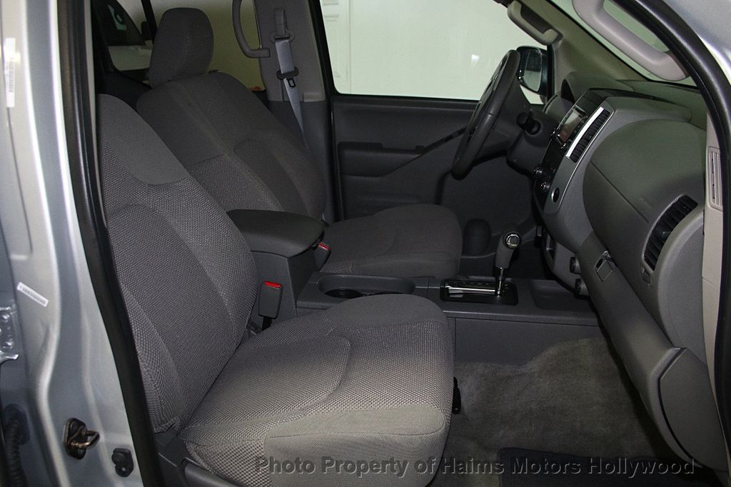 2016 Nissan Frontier 4WD Crew Cab LWB Automatic SL - 16775292 - 15